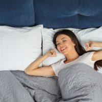 眠りの質を左右する!自分に合う「枕」に出会うためのポイントとは