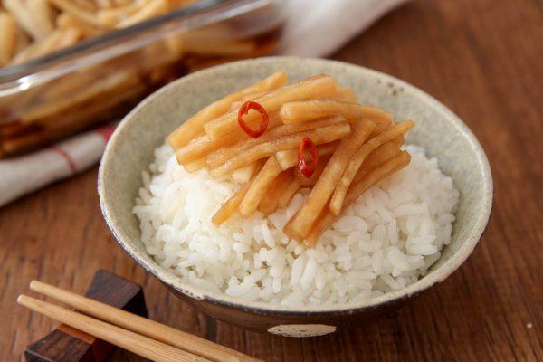ご飯がすすむ!漬けるだけで簡単「大根のポン酢漬け」の作り置き by :五十嵐ゆかりさん