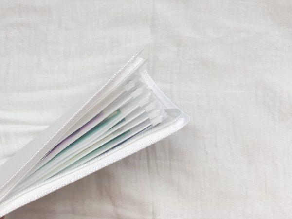 使うときも管理もラクラク♪セリア「6リングファスナーケース」の通帳整理術