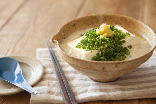 寒い朝はとろ~りホカホカ♪お豆腐まるごと「食べる豆乳スープ」  by :FOOD unit GOCHISOさん