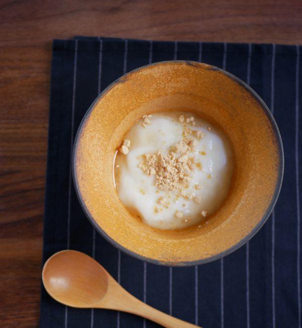 レンジとマグカップで簡単!片栗粉であったかトロ~リ「牛乳餅」