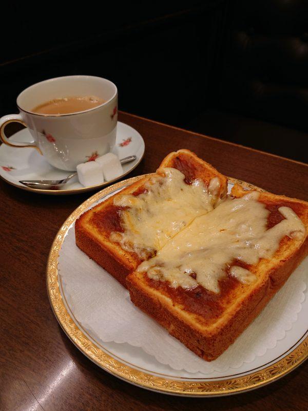 【大阪】平日限定!小説の舞台になった純喫茶で味わうモーニング@丸福珈琲店本店