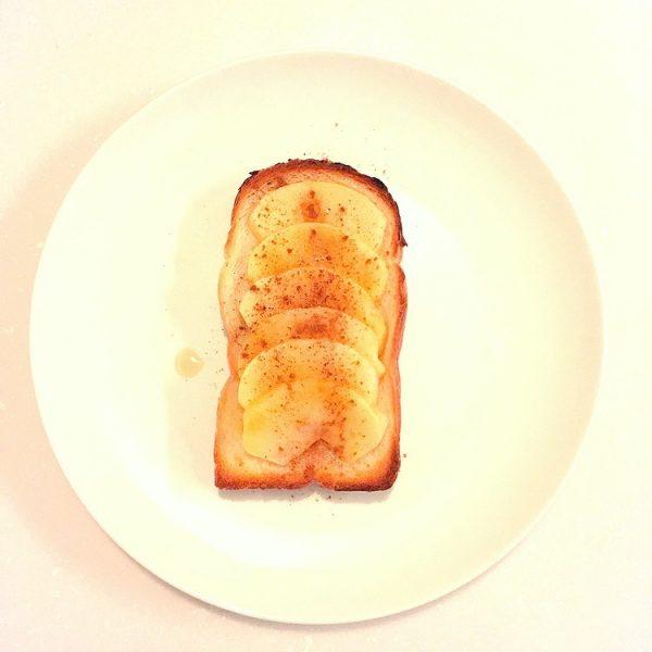 (美味しい朝食♪焼きりんごトースト by:yasuさん)