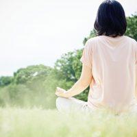 瞑想、入浴、食事…「快眠」を助けるストレス解消法あれこれ