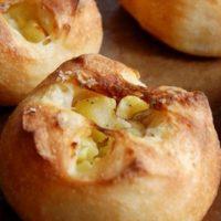 おうちにこもる週末にトライ!簡単「手作りパン」レシピ5選