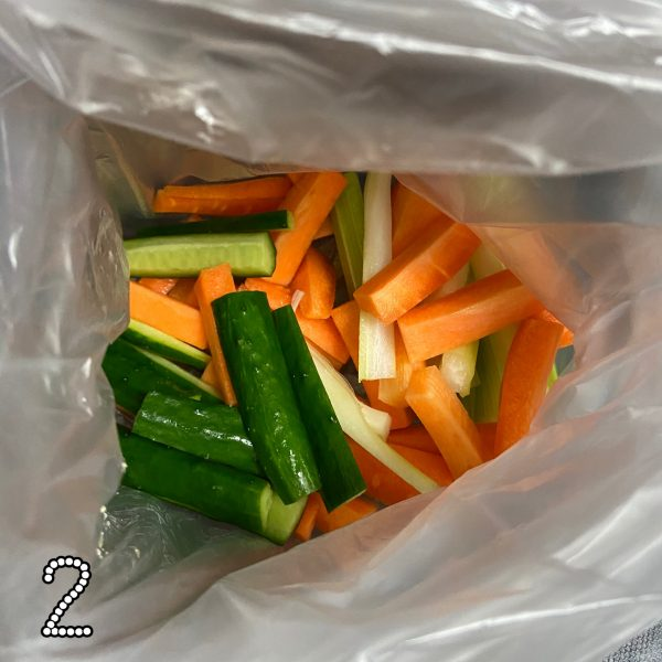 ポリ袋+スティック野菜