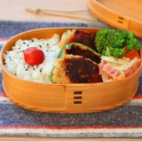 カレー味でご飯が進む!「ツナ詰めピーマン」「レンジブロッコリー炒め」2品弁当