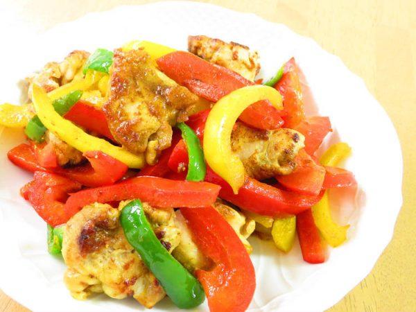 鶏肉とピーマンのカレー炒め☆お弁当にも♪ by:kaana57さん