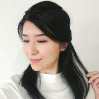 ボサボサ髪を朝1分で解消!簡単「おうちヘアアレンジ術」2パターン♪