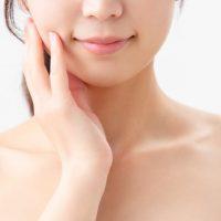 どんより肌の原因は○○!くすみのない美肌を育てる生活習慣2つ