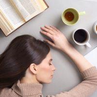 睡眠不足、試験勉強…「徹夜」にまつわる英語表現いろいろ