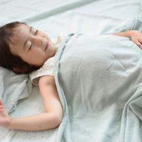 休校で生活リズムが乱れがち…子どもに必要な「睡眠時間」の目安って?