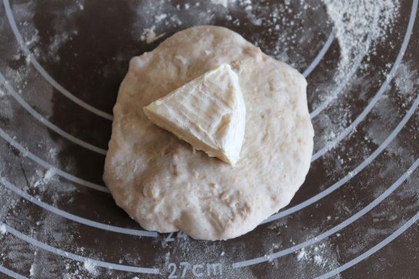 カマンベールチーズパン