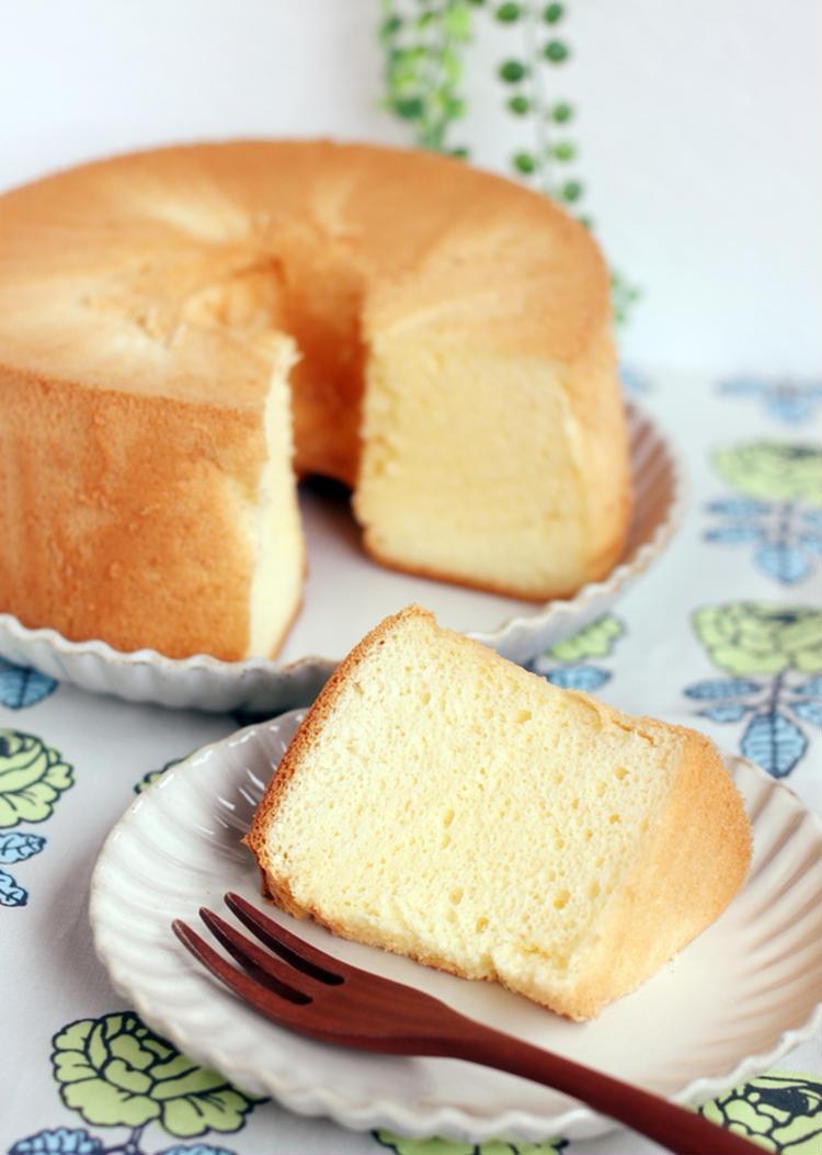 失敗しない♪米粉と豆乳のシフォンケーキ by:りょーーーこさん