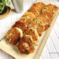 チーズとじゃこで表面カリッ!簡単「鶏ひき肉ハンバーグ」の作り置き
