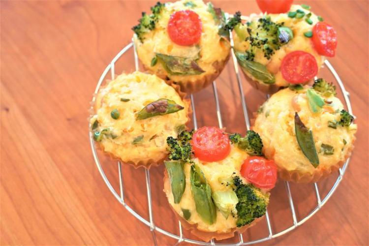 子どもと工作感覚で作れる!野菜たっぷりマフィン by:管理栄養士の料理教室なのはなキッチンさん