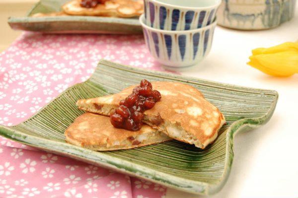 もっちり美味しい!餅入りあずきホットケーキ by:エリオットゆかりさん