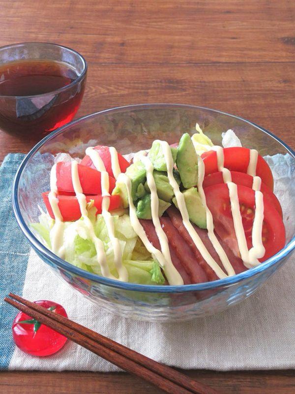 暑い日にぴったり☆アボカドとBLTサラダうどん by:kaana57さん