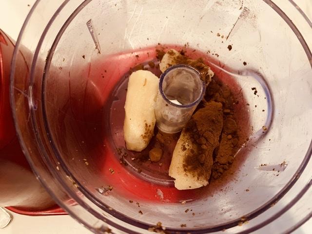 バナナとココアでつくるチョコアイス