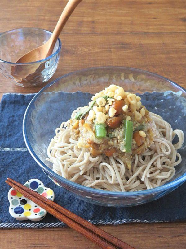 ひんやり食欲UP☆ごま油香る♪山菜たっぷりおろしそば by:kaana57さん