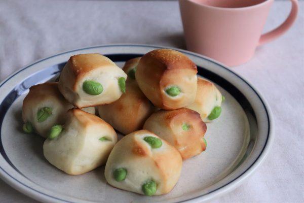 こねずに簡単!一口サイズが可愛いすぎる「枝豆のプチパン」