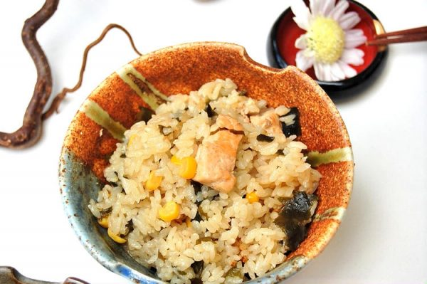 鮭とコーンの炊き込みご飯味噌バター風味 by:エリオットゆかりさん