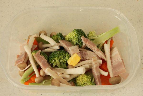 野菜とベーコン