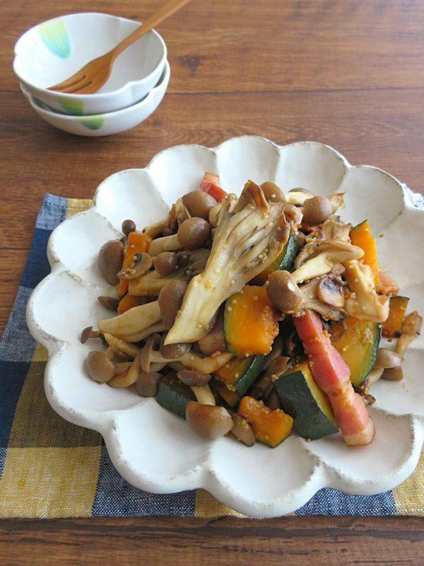 ごはんがすすむ野菜料理☆かぼちゃときのこのバタポンソテー (kaana57さん)