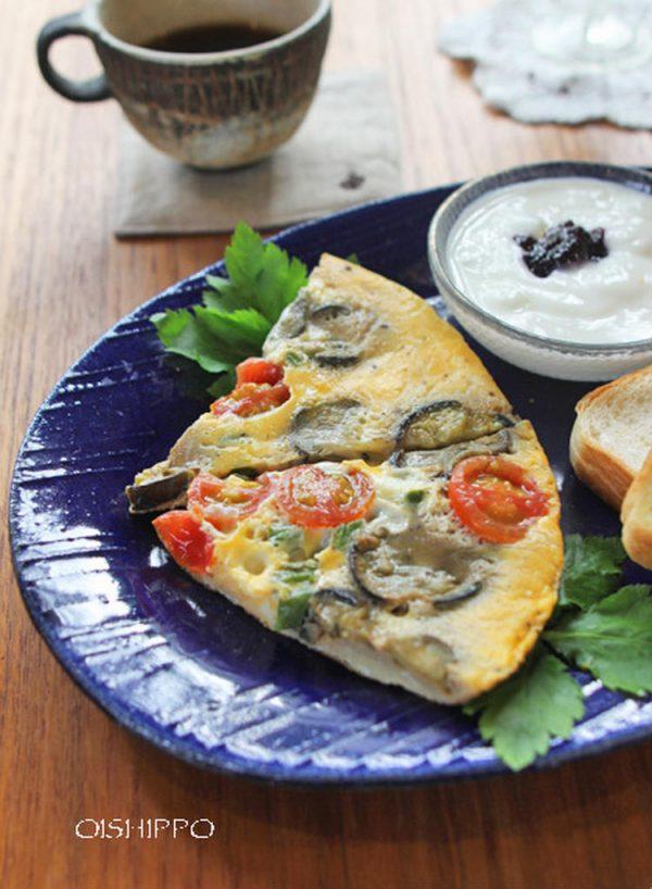 夏野菜のチーズオムレツ(おいしっぽさん)