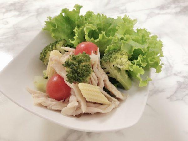 サラダチキンサラダ