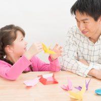 英語の「paternity leave」の意味って?