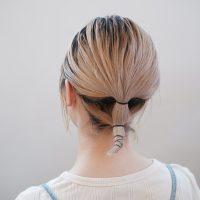 ハーフアップ+ゴムずらしで簡単!ボブの首元すっきりヘアアレンジ術♪