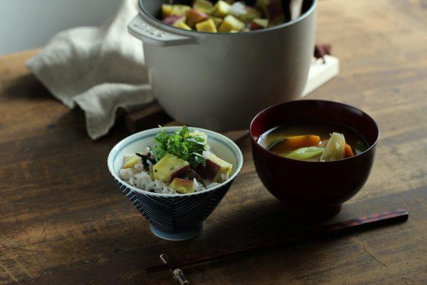 新米ごはんの和朝食