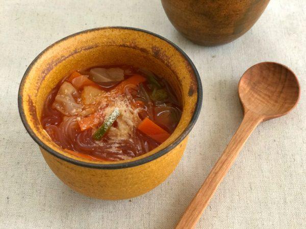 包丁いらず!レンジ6分の簡単レシピ「燃焼系はるさめスープ」 by:料理家 齋藤菜々子さん