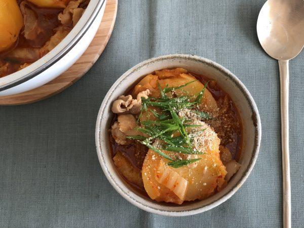 免疫力アップ!豚ばら肉を使えば簡単「カムジャタン風スープ」 by:料理家 齋藤菜々子さん