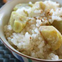 秋の味覚×新米!具材ごろごろ「炊き込みご飯」レシピ5選