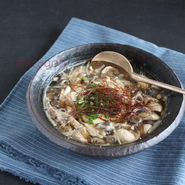 10分でできるヘルシーレシピ♪「豆腐ときのこの温か中華スープ」 by:タラゴン(奥津純子)さん