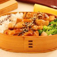 ヘルシーなのにボリューム満点!「高野豆腐の肉巻き」「ブロッコリーベーコン」2品弁当