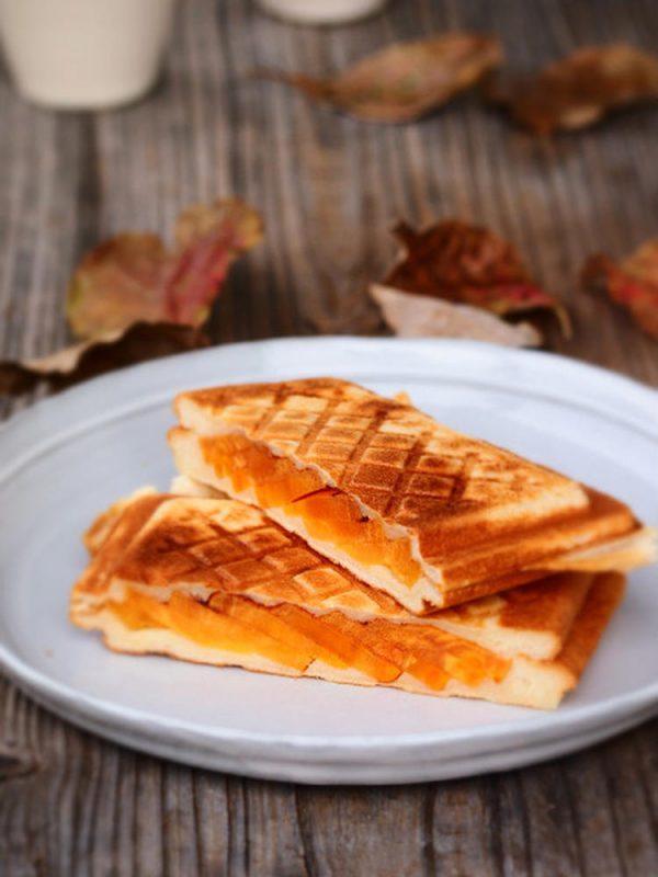柿とクリームチーズのホットサンド by:naomiさん
