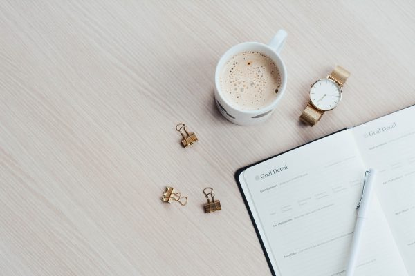 手帳とコーヒー