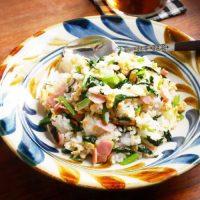 チャーハンより簡単!小松菜と卵でラクラク「混ぜご飯の素」