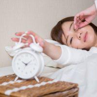 ちゃんと寝たはずなのに…冬の朝起きるのがつらい理由って?