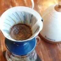 30秒の蒸らしがコツ!簡単でおいしい「ハンドドリップ」コーヒーの淹れ方