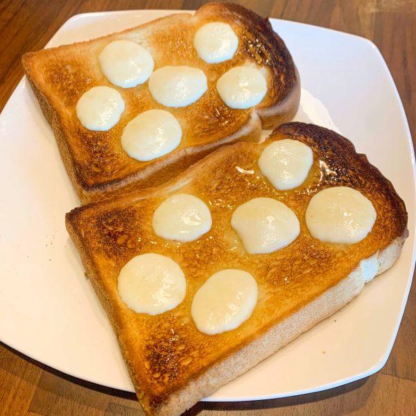 モッツァレラチーズと蜂蜜トーストアレンジ
