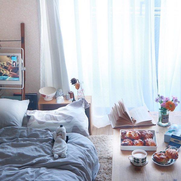 ke*さん‗部屋の窓を開ける朝時間