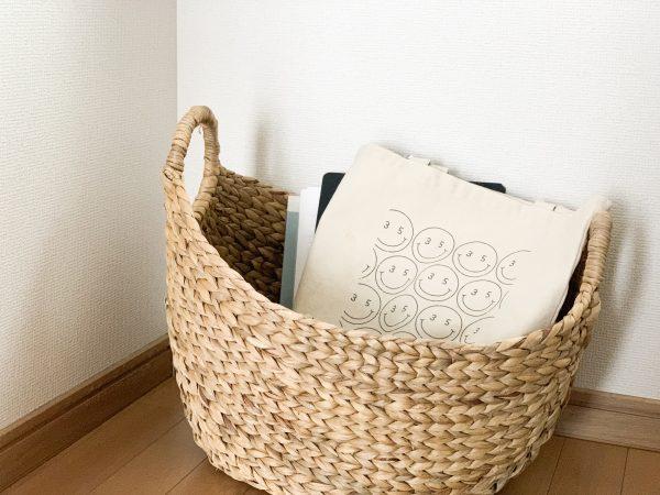 部屋の散らかりを防ぐ!床にモノを置かなくなる「一時置き場」5つ by:ゆりんごさん