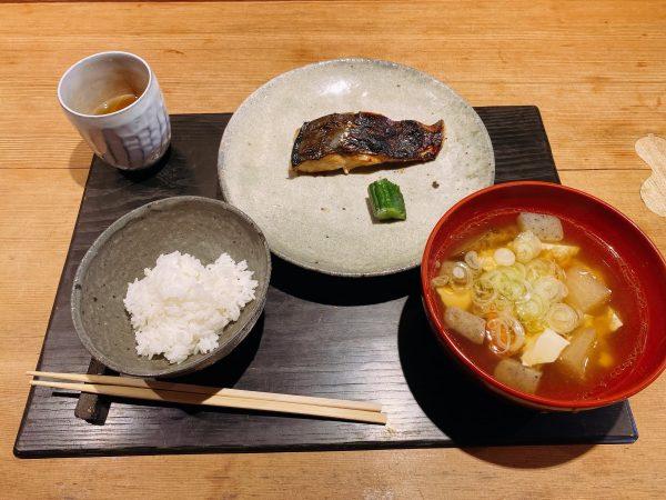 鎌倉「朝食喜心」の一飯一汁