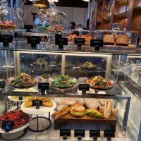 【新宿】ラグジュアリーホテルのカフェでモーニングボウル@キンプトン新宿東京【vol.222】