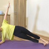【朝8分集中】お正月太りに終止符を打つ!ぽっこりお腹に効く「体幹トレーニング」