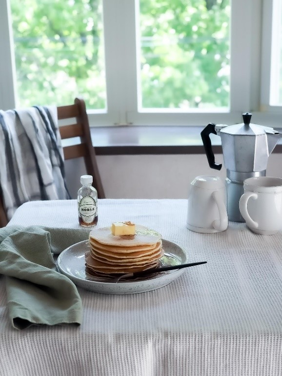 朝時間_朝ごはんホットケーキ
